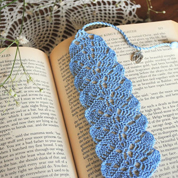 Crochet lace bookmark with a tassel, light blue, flip flop charm, book lover gift, summer reading