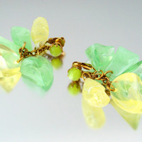 Chunky Lemon Lime Plastic Charm Earrings / Citrus Molded Lucite Dangle / Vintage 1960s Jewelry