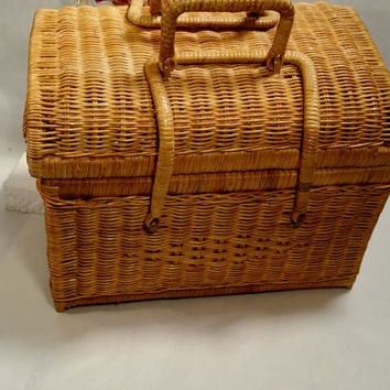 Sewing Basket with Lid Vintage Storage Basket Woven Wicker Basket Craft Basket Nursery Storage Picnic Basket