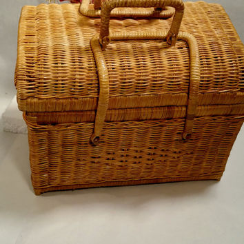 Sewing Basket With Lid Vintage Storage Woven Wicker Craft Nursery Picnic