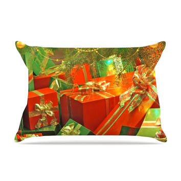 "Snap Studio ""Wrapped in Cheer"" Presents Pillow Sham"