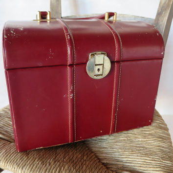 French Vintage Le Tanneur vanity case 50's ~ Train luggage, Cosmetic & toiletry Storage, Travel case