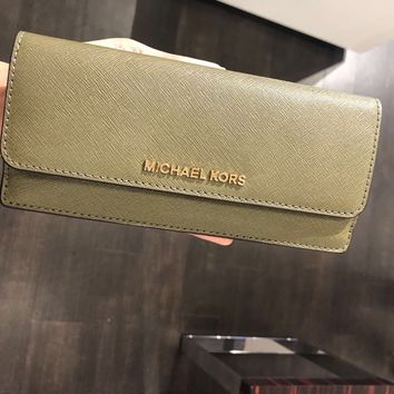MICHAEL KORS JET SET TRAVEL FLAT WALLET SLIM CARD CLUTCH OLIVE GREEN LEATHER