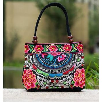 Price-promotion Women' handbag!New nice Embroidered Lady bags national trend handbag embroidered embroidery Lady carry bag