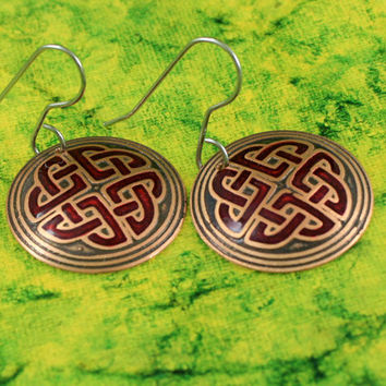 Shield Knot Earrings with Red Inlay