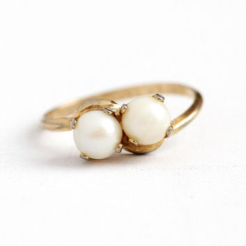Cultured Pearl Ring - Vintage 10k Rosy Yellow Gold Filled June Birthstone Toi Et Moi - 1960s Size 7 1/4 Off White Retro Bypass ESPO Jewelry