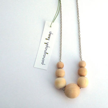 Graduated wood bead necklace, natural jewelry, mom necklace
