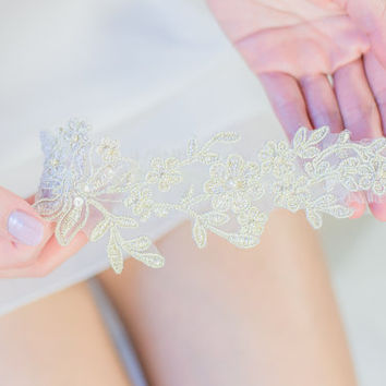 Vintage Gold Bridal Lace Wedding Garter