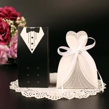 (50 pieces/lot) Bride And Groom Wedding Candy Box Paper Wedding Gifts For Guests Wedding Souvenir Supplies Chocolate Box B026