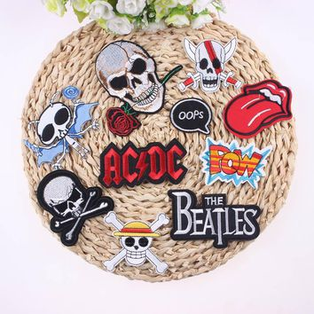 ca qiyif 1Pcs Mixture Sell Punk Rock Cool Patch Badge For Clothing Embroidered