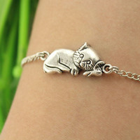 bracelet--sleeping cat,antique silver charm,alloy chain