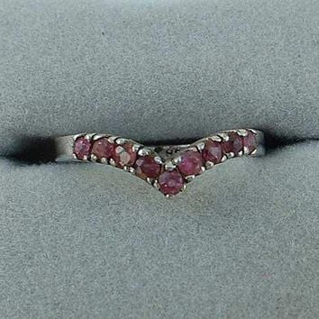 Sterling Silver Chevron Ring Pink Fuchsia Rhinestones Size 7.25 Jewelry