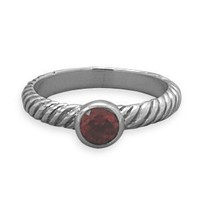 Twist Band Ring With Garnet