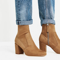 ELASTIC HIGH HEEL ANKLE BOOTSDETAILS