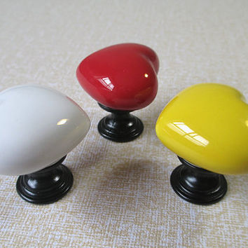 Ceramic Knobs / Kids Dresser Drawer Knobs Pulls Handles / Colorful Heart Kitchen Cabinet Knobs Pull Handle / Red Yellow White Silver Black