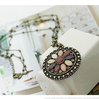 $5.59  Vintage Bohemian Round Flower Long Chain Pendant Necklace at Online Vintage Jewelry Store  Gofavor