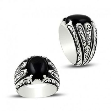 Oval onyx gemstone silver mens ring