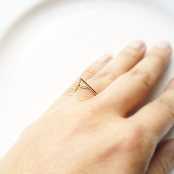 Triangle Ring, Simple Triangle Ring band, Tiny Triangle ring, mini geometric ring, triangle Jewelry
