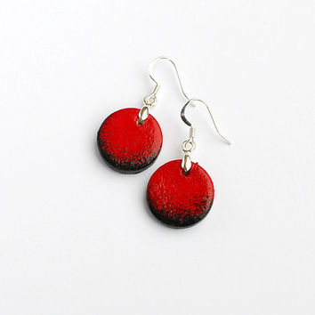 Small black and red earrings, dangle. Modern minimalist and stylish jewelry for women. Red an black.