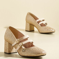 Peerless Personality Leather Heel in Gold Sparkle | Mod Retro Vintage Heels | ModCloth.com