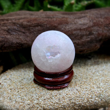 Druzy Aura Quartz Sphere // Wicca Crystal Ball // Aura Quartz Druzy Geode // Wiccan Altar Supplies / Crystal Healing / Light Pink Aura Geode