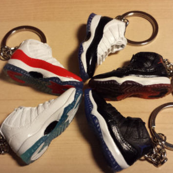 Mini Air Jordan 11 CUSTOM HAND PAINTED 3D sneaker shoe Keychain