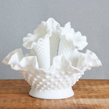 Vintage Fenton Diamond Lace Epergne Milk Glass Centerpiece, 3 Horn White Hobnail Glass Vase, Vintage Wedding Decor