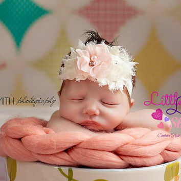 Baby headband in Ivory and Light Pink Flowers, Shabby Chic Newborn headband, Infant Hair Band, Baby Girl Head Band, photography props Canada