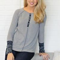 * Brexely Thermal Top With Contrast Detail : Grey