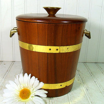 Retro Solid Walnut Wood & Brass Trim Ice Bucket - Vintage Vermillion Design BarWare Bin - Cocktail Generation Entertaining - Mid Century Box