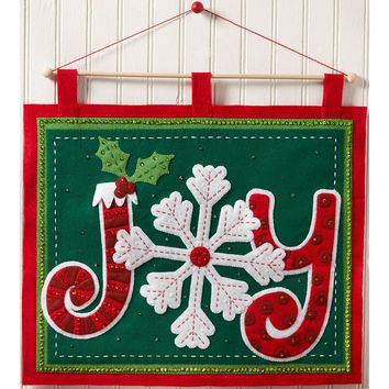 "Joy Bucilla Felt Wall Hanging Applique Kit 18""X16.5"""