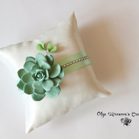 Succulent Ring Bearer Pillow, Garden Wedding, Nature Wedding, Handmade, Vegan, Green Wedding Decor