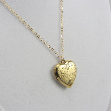 Vintage 12K Gold Filled Heart Locket Necklace 1940s WWII Era Engraved Sweetheart Pendant Jewelry HF Barrows Co