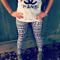 Aztec tribal leggings Black and White