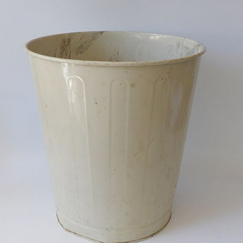 Vintage Metal Trash Can Steel Off White Rustic Chippy Paint Office Garbage Can Trash Receptacle Industrial Decor Original Finish Bathroom