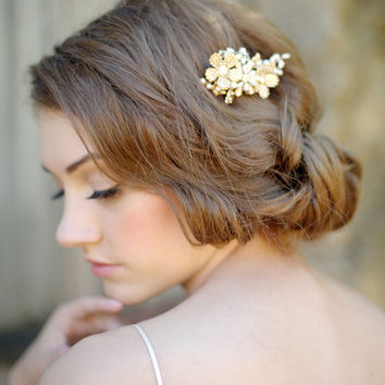 Gold floral hair comb , flower headpiece, bridal- style 1114