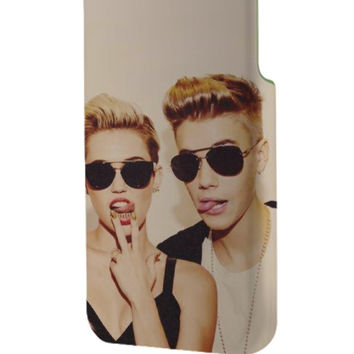 Best 3D Full Wrap Phone Case - Hard (PC) Cover with Miley Cyrus and Justin Bieber Design