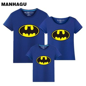 Batman Dark Knight gift Christmas Family Matching Outfits Batman T-shirt Mommy and Me Clothes fashion mother father baby cotton family look short sleeve Clothing AT_71_6