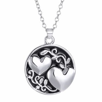 Double Sided Heart Engraved Pendant Necklaces Hot Stamped New Mother's Day Gift Love Heart Jewelry for Women Fashion Accessories