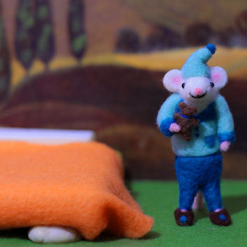 Needle Felted Mouse, Mouse Miniature, Pajama Mouse, Bedtime Mouse, Felt Mouse, Wool Mouse, Soft Sculpture Animal, Needle Felted Mice, Cute