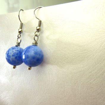 Agate Earrings, Periwinkle Fire Agate Crackle Beads 10mm, Periwinkle Earrings