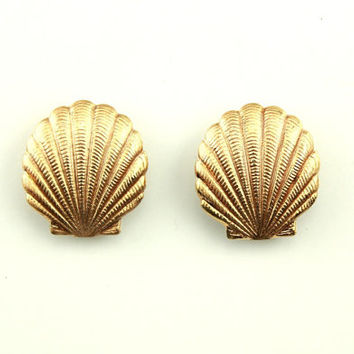 Hand Painted Gold Enamel Scallop Shell Magnetic Earrings
