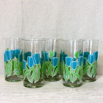 vintage georges briard drinking glasses // set of 5 mid century tumblers // tulips butterfly // vintage kitchen