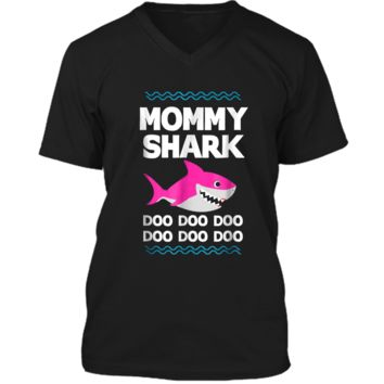 Mommy Shark Doo Doo  Funny Kids Video Baby Daddy Mens Printed V-Neck T