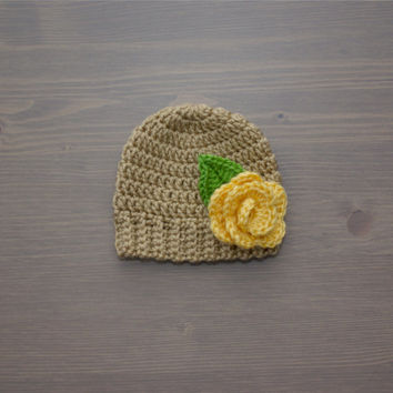 Crochet Baby Beanie with Flower, Crochet Baby Hat, Crocheted Baby Hat, Crochet Baby Girl Hat, Newborn Photography Prop, Baby Shower Gift