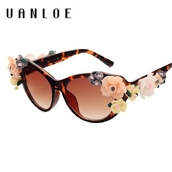 UANLOE Fashion Flowers Sunglasses Designed For Women Rose Glasses Popular Style Floral Sculpture Frame Ladies Dreams Eyewear