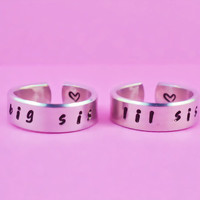 big sis / lil sis  -  Hand stamped Ring Set, Handwritten Font, Shiny Aluminum, Forever Love, Friendship, BFF, V3