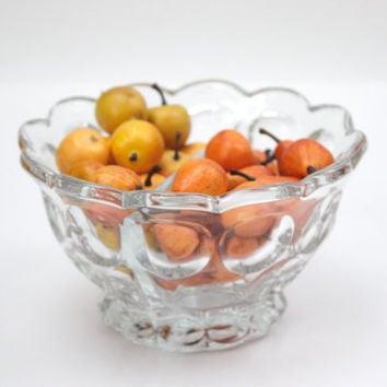 Heisey Divided Glass Bowl / Whirlpool Pattern / Mid Century