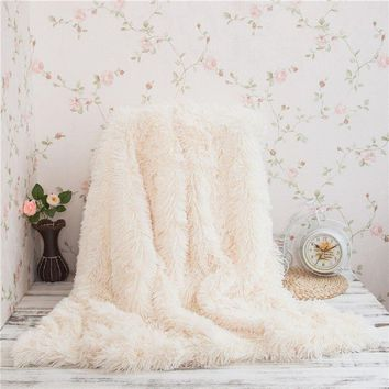 KEEP ME WARM - Super Soft Long Shaggy Faux Fur, Fluffy Sherpa Throw Blanket