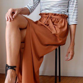 Fall colour bronze rust gold silk long maxi skirt, paper bag waist, front slit elastic waist sash belt. Size M/L